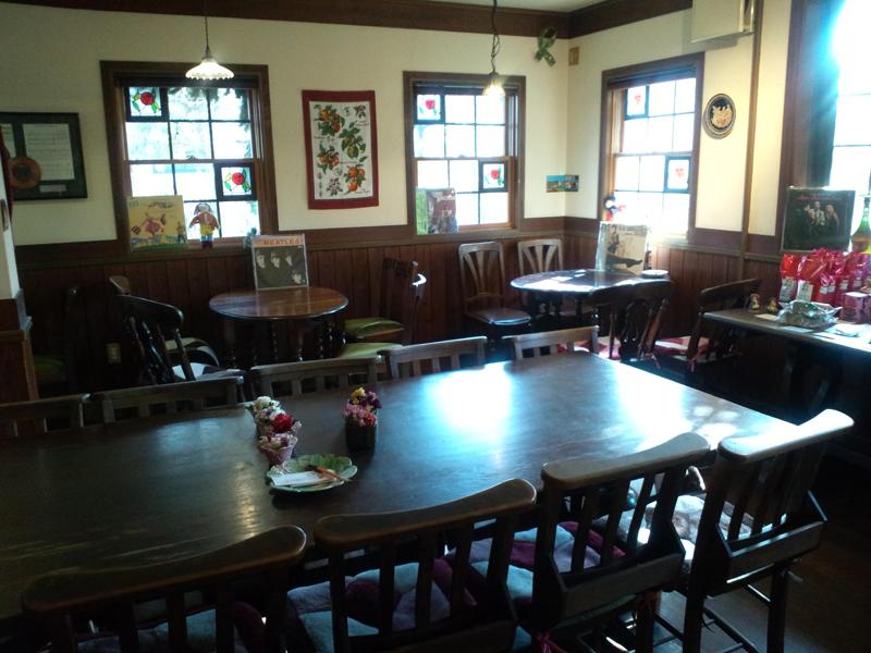 吉備中央町ケンジャミン・フランクリンのアンティークカフェ「ベルネーゼ」外観8