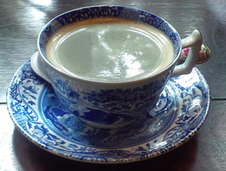 吉備中央町カフェ ベルネーゼ ブレンドコーヒー写真